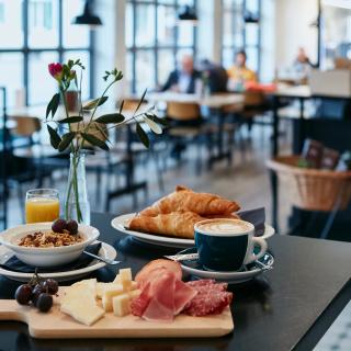 Brunch im Panorama-Restaurant Viva - Bern Welcome