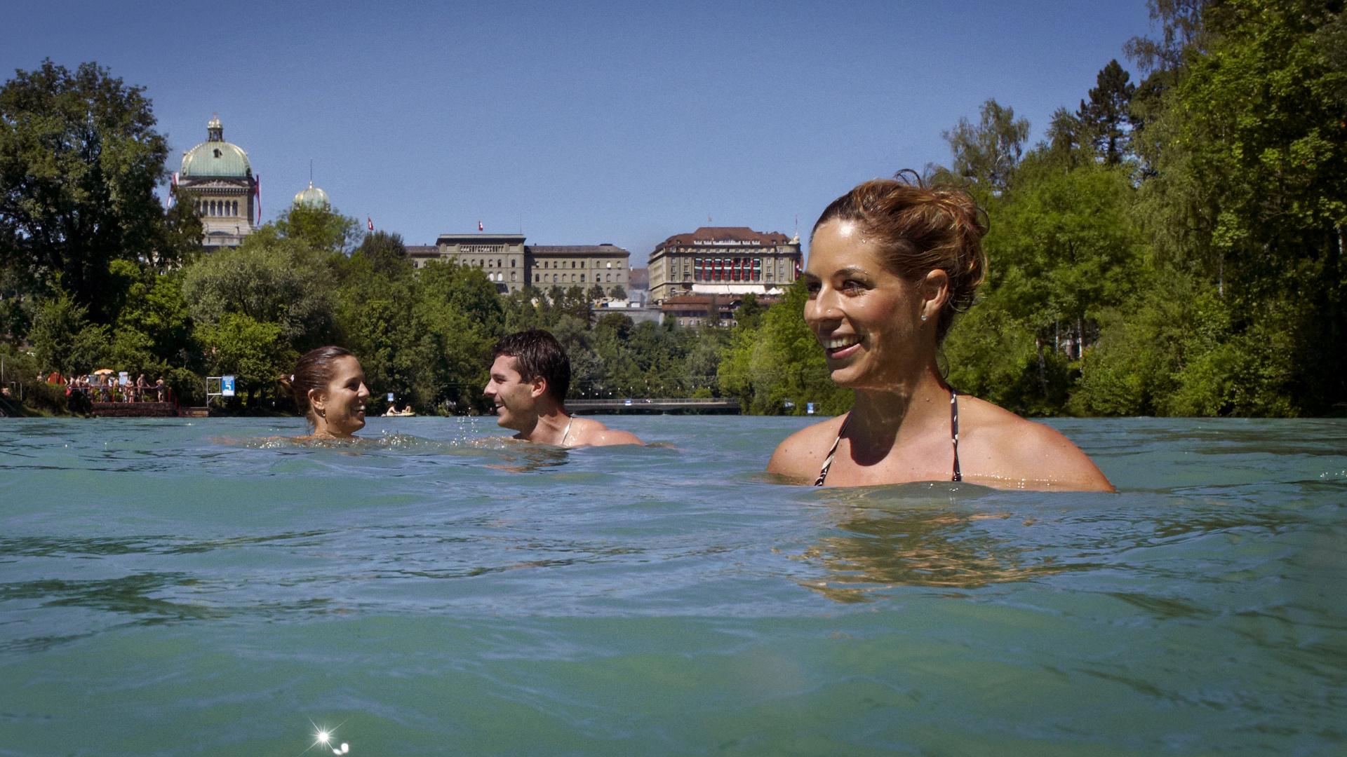 Baignade Dans L Aar Bern Tourisme